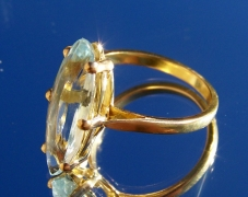 bague-or-jaune-aigue-marine-navette