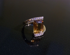 bague-or-jaune-citrine-diamants