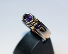 bague-or-jaune-or-gris-amethystes-