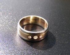 bague-or-jaune-or-gris-diamants-