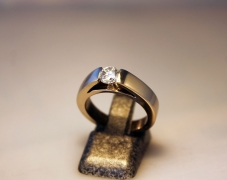 bague-solitaire-or-gris-diamant